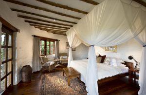 Cottage-interior-andBeyond-Kleins-Camp-