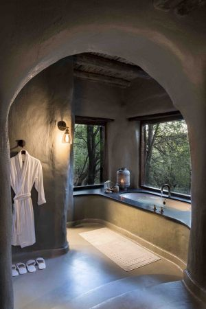 Guest-suites-at-Phinda-Rock-Lodge-6--scaled