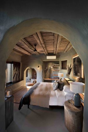 Guest-suites-at-Phinda-Rock-Lodge-9-_resized-2-scaled