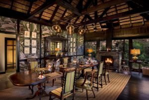 Intimate-dining-room-at-andBeyond-Phinda-Vlei-Lodge