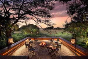 New-fire-pit-sitting-area-at-andBeyond-Phinda-Vlei-Lodge