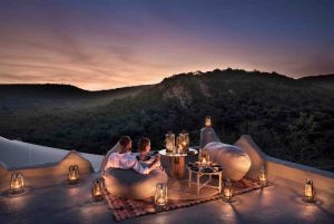Phinda-Rock-Lodge-Rooftop-Dining-2-1-1